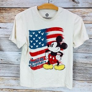 Disney Store T Shirt Mickey Mouse American Orginal
